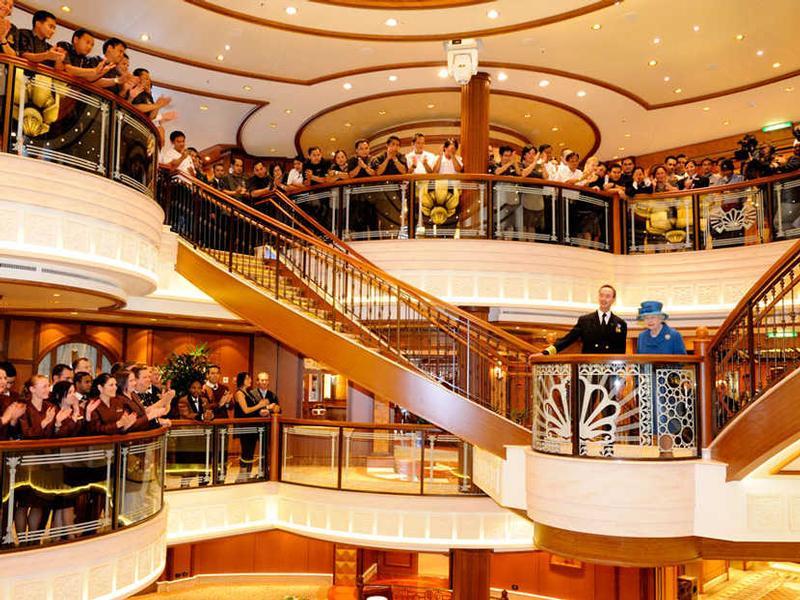 Queen Elizabeth Kreuzfahrten Exklusive Schiffsreisen Buchen