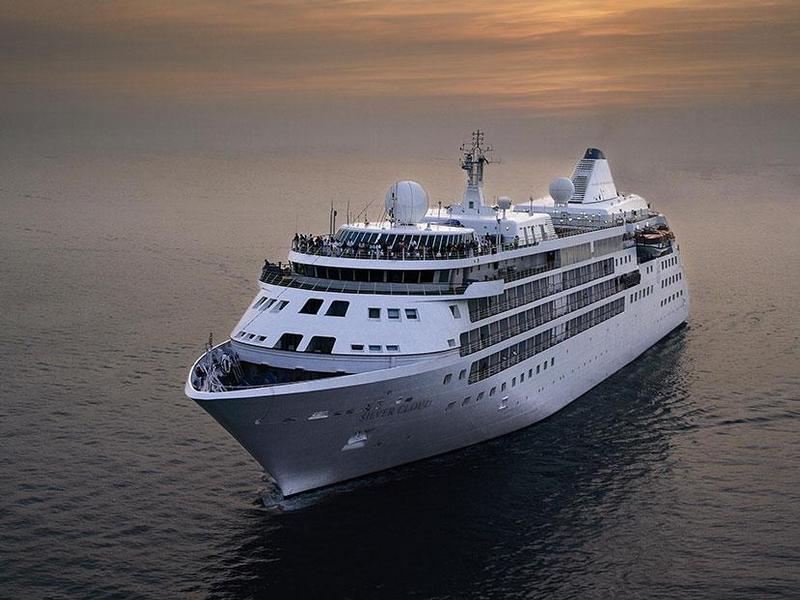 Silver Cloud Expedition-Kreuzfahrten: Exklusive Schiffsreisen buchen